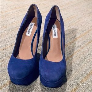 Steve Madden Blue Suede Wedges